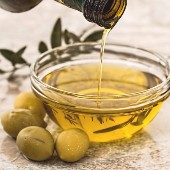 olive-oil-968657_1920 (2)jkl