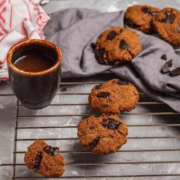 omlos-csokis-cookie-egeszsegesen-csicseriborsobol