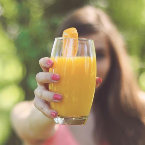 A narancslében hal van, az alma pedig rózsa? – 6 érdekes tény az ételekről