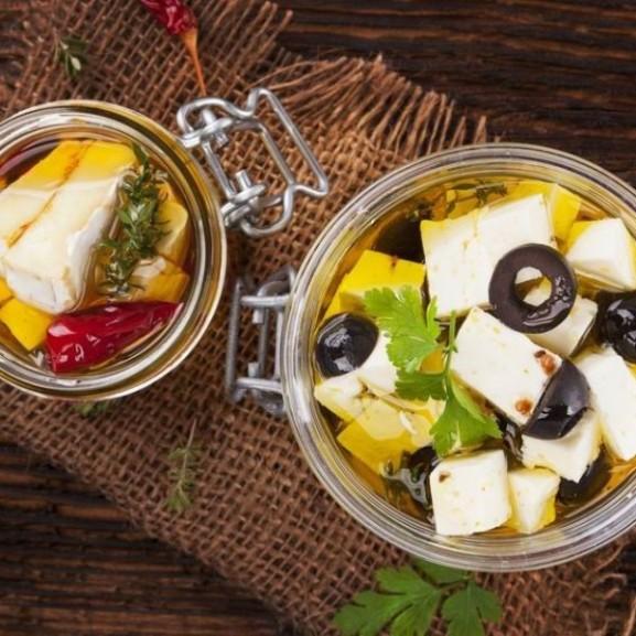 Pácolt sajt, a nyári esték sztárja Cookta