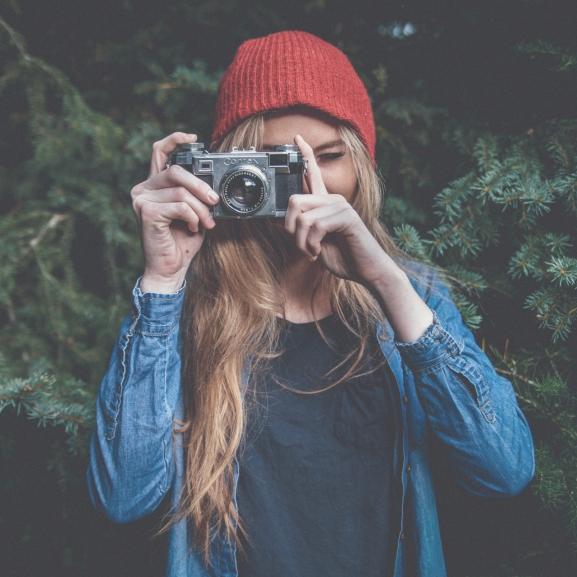 Legyetek a legszebbek a fotókon, csak néhány sminktrükkre van szükségetek!
