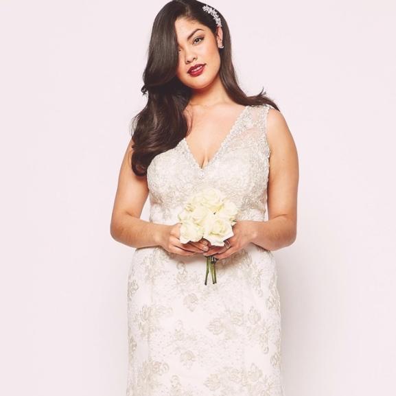 Álomszép plus-size esküvői ruhák, amikben királylánynak érezhetitek magatokat