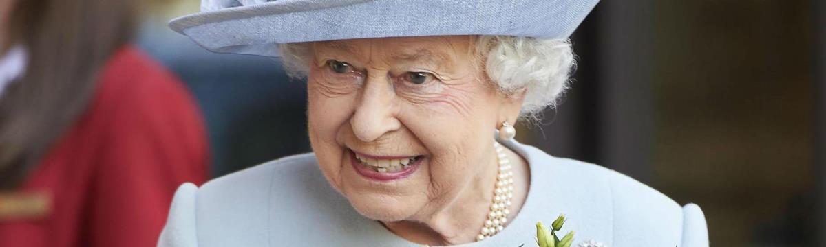Elképesztően jó kondiban van II. Erzsébet királynő – friss fotók
