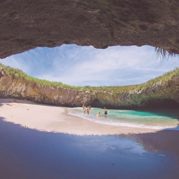 rejtett-strand-mexiko-marietta-szigetek