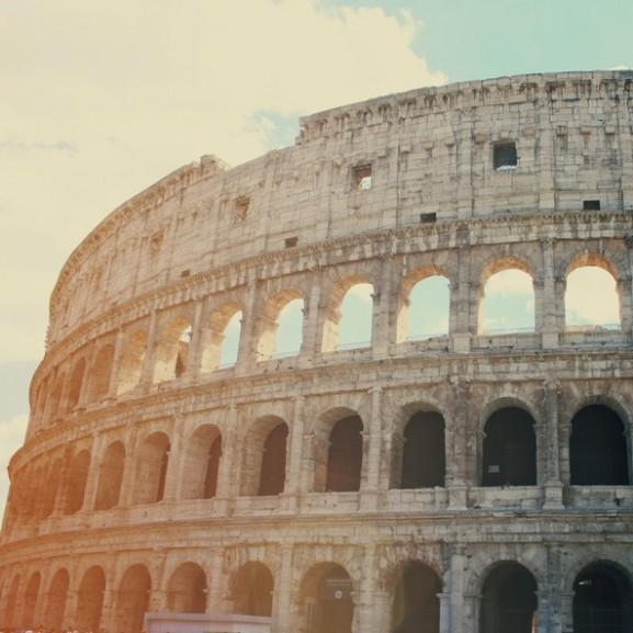 roma-colosseum-tortenelem