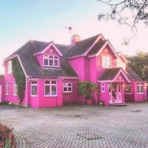rózsaszín barbie ház