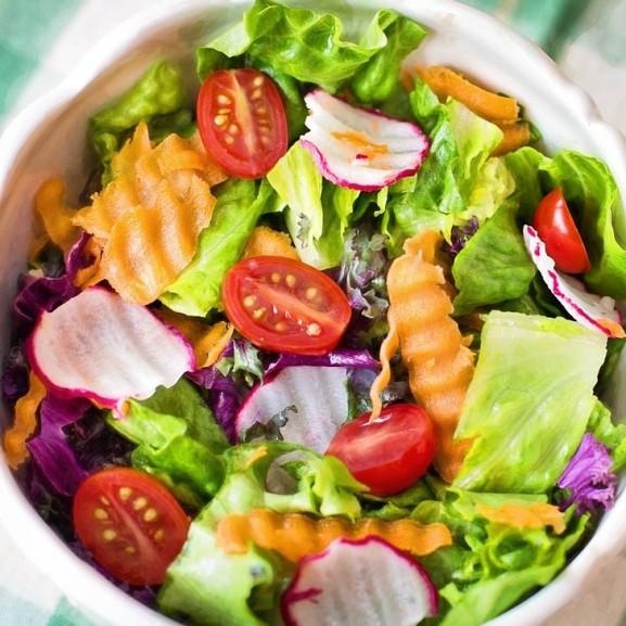 saláta egészséges étel