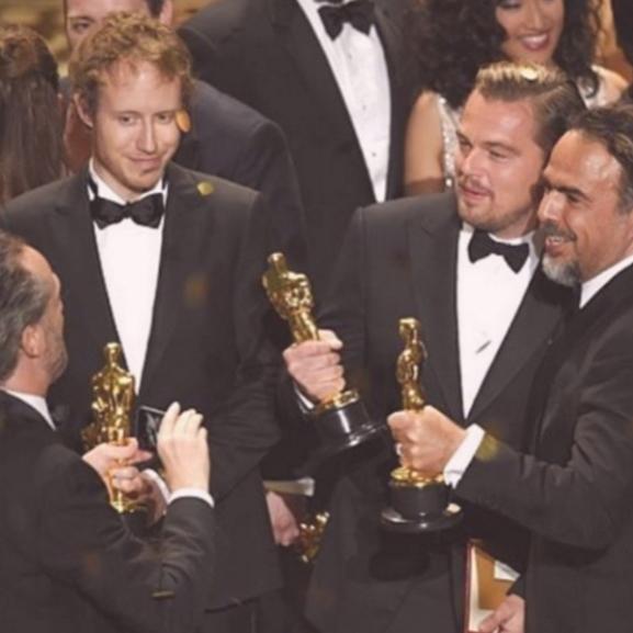 Kiss Ramóna menő fotón örül a Saul fia Oscar-díjának