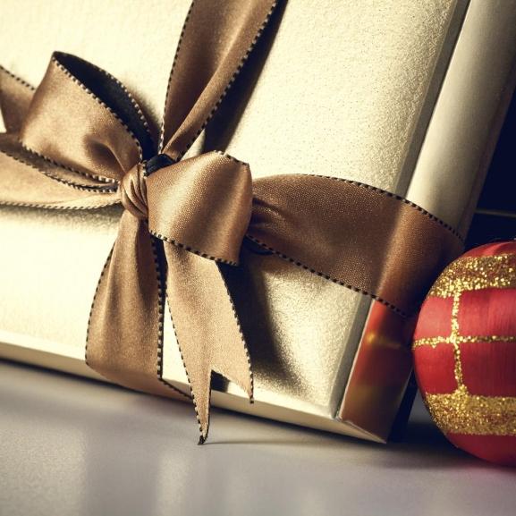 Karácsonyi ajándékhoroszkóp – Segíthet, ha bajban vagytok, mit adjatok a szeretteiteknek