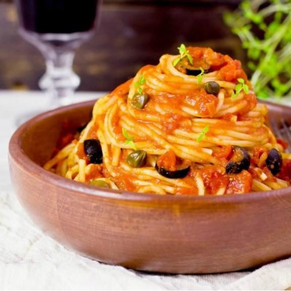 spaghetti-alla-puttanesca-konnyu-lanyok-tesztaetele1