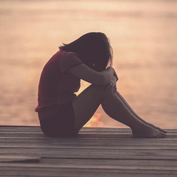 szomorú depresszió fájdalom menstruáció