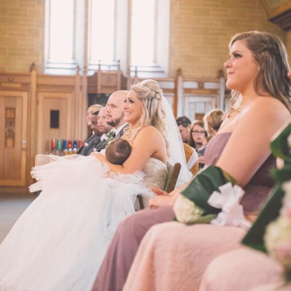 szoptatás kismama esküvő