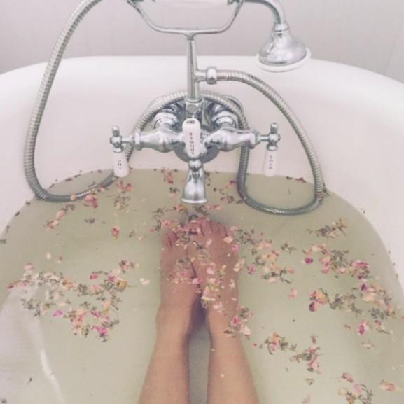 tea fürdő
