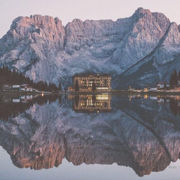 természet fotó hegy erdő ház