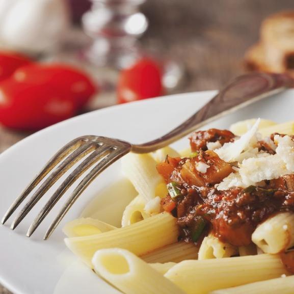 Színes, ízes tésztaszószok, amelyek feldobják a hétköznapi vacsorátokat