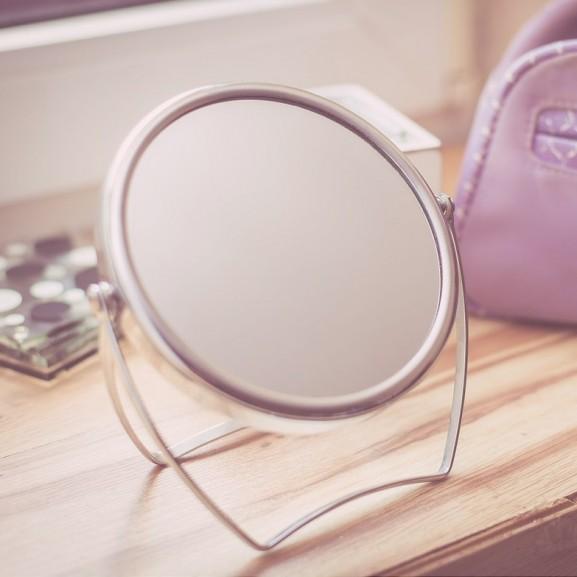 tükör smink kiegészítő