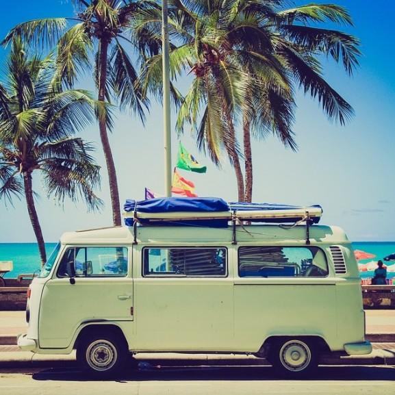 utazás nyaralás furgon