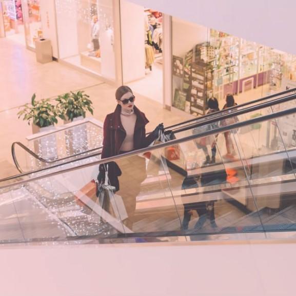vasarlas-ruha-szatyor-taska-shopping