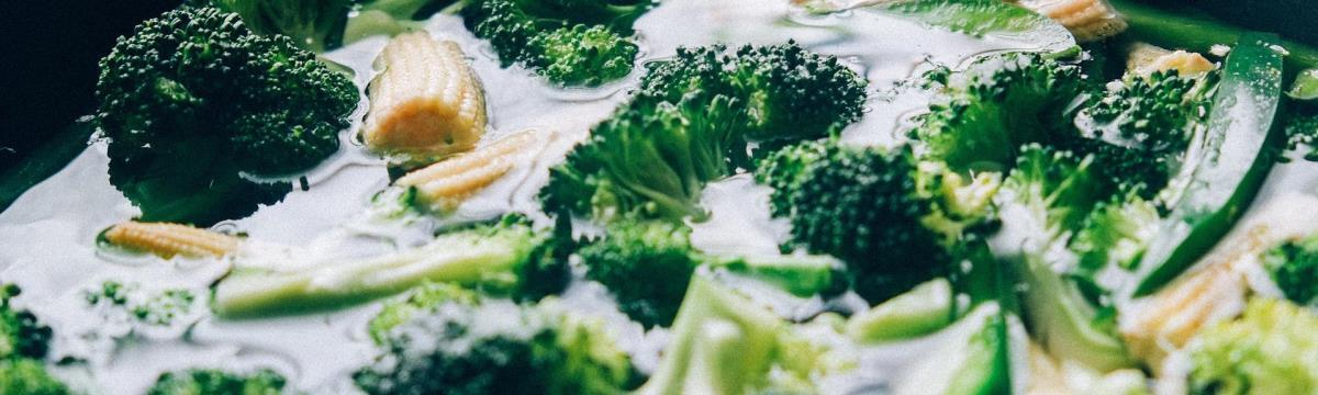 Finom ételek, amik a hormonháztartásunkat is rendbe hozzák