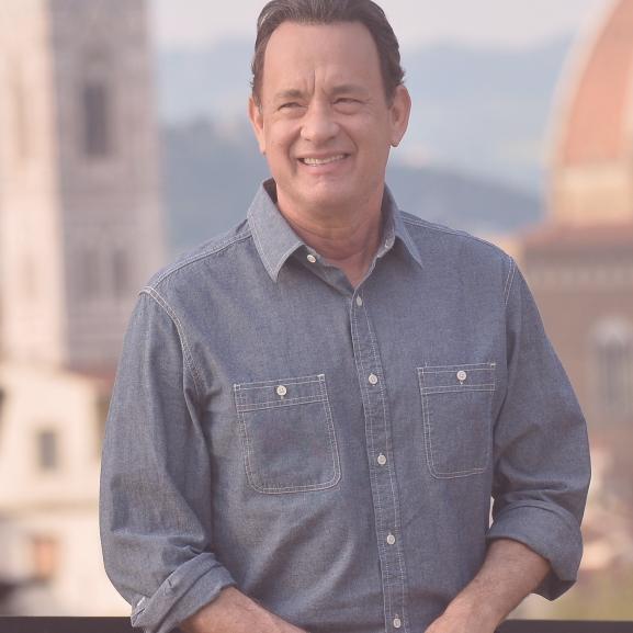 Budapesti tippek Tom Hanksnek: itt találkozhat a VOUS-lányokkal