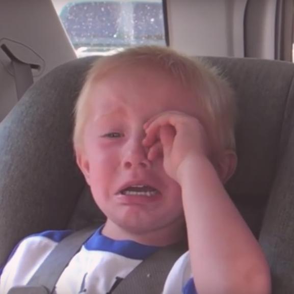 Elolvadunk: sírásban tört ki a kisfiú, aki félreértette a GPS-t