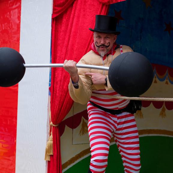 weightlifter-3146825_1920