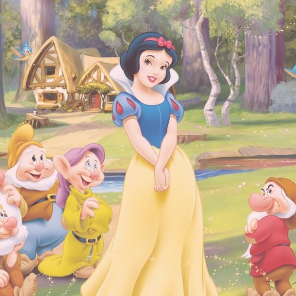 Jön az új Disney-sztár, Hófehérke soha nem látott testvére!