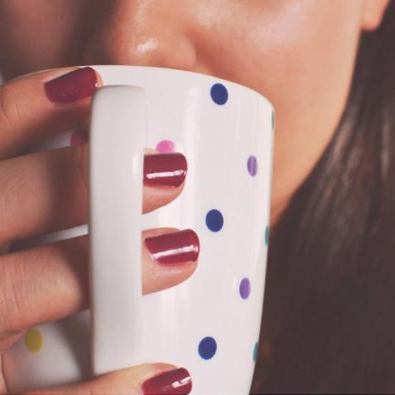 A nagy teahatározó: mégis mit tudnak a különböző színű teák?