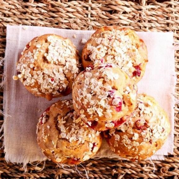 zabpelyhes-muffin-bogyosokkal