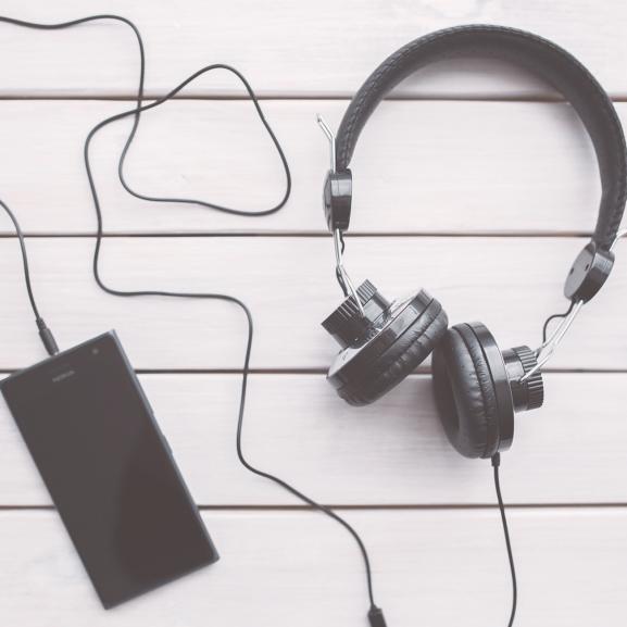 Ezekkel a zenékkel űzzétek el a hét eleji rosszkedvet!