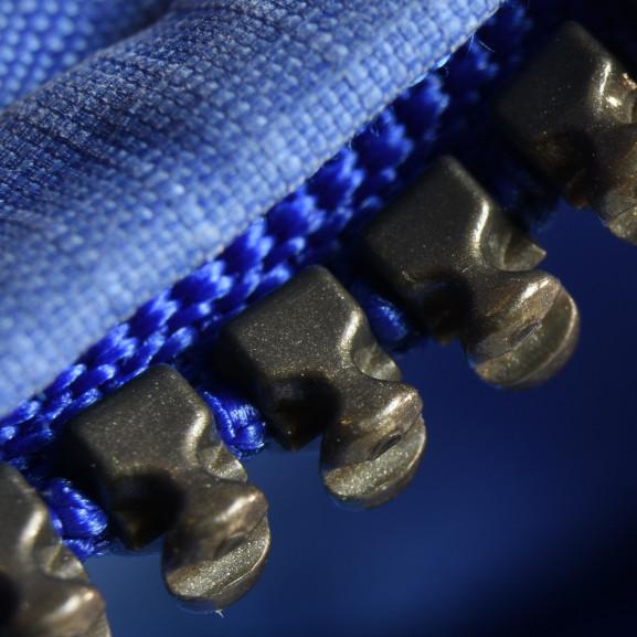 zipper-1060990_1920