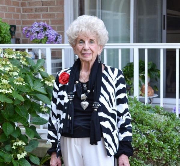 92 éves néni