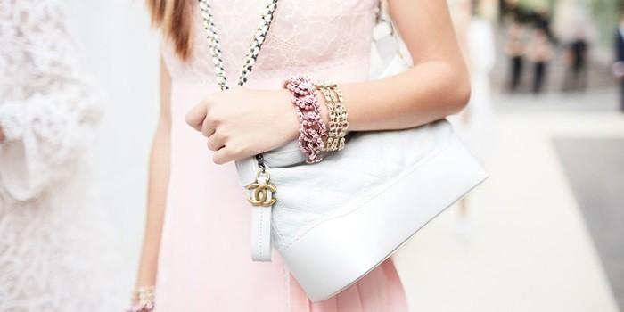 """b05e639ba0 Itt az új Chanel táska, amiért rajongani fogtok! Ő a """"Gabrielle"""""""