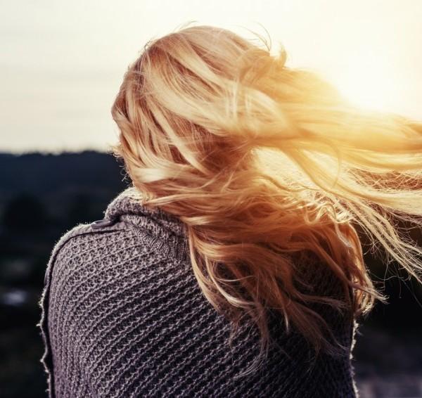 csaj lány haj szőke szerelem