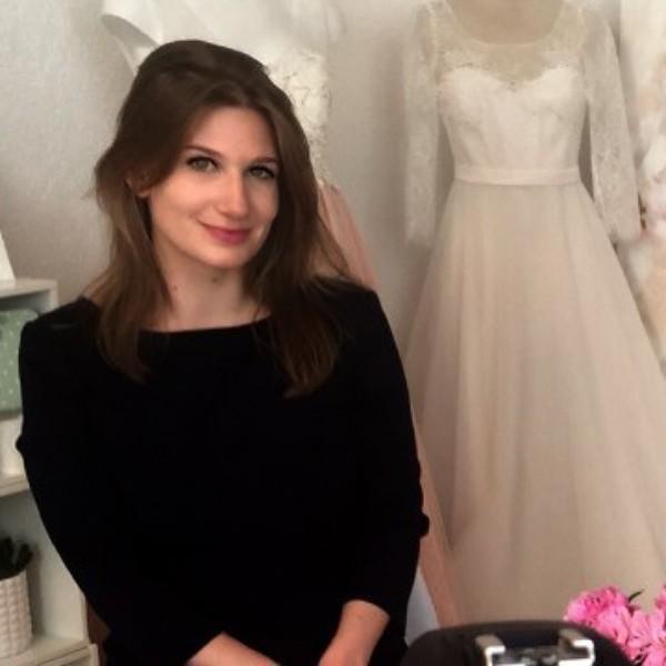 """""""Egyszerre nőies és hercegnős lesz a menyasszonyi ruhám"""" – Norie-videó Takács Nóra"""