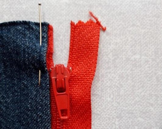 Egyszerű-cipzár-bevarrás-4