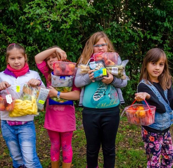 élelmiszermentő gyerekek adomány