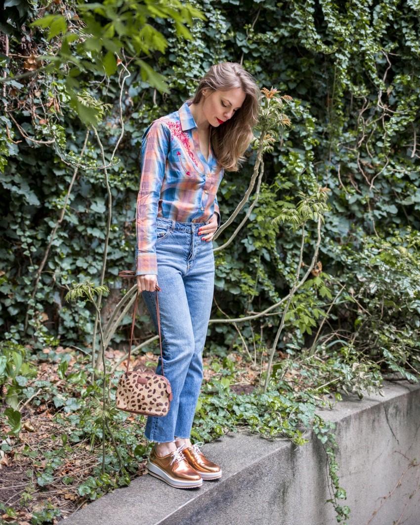 Ing - Wild West Store, farmer - H&M, táska - saját, cipő - Zara