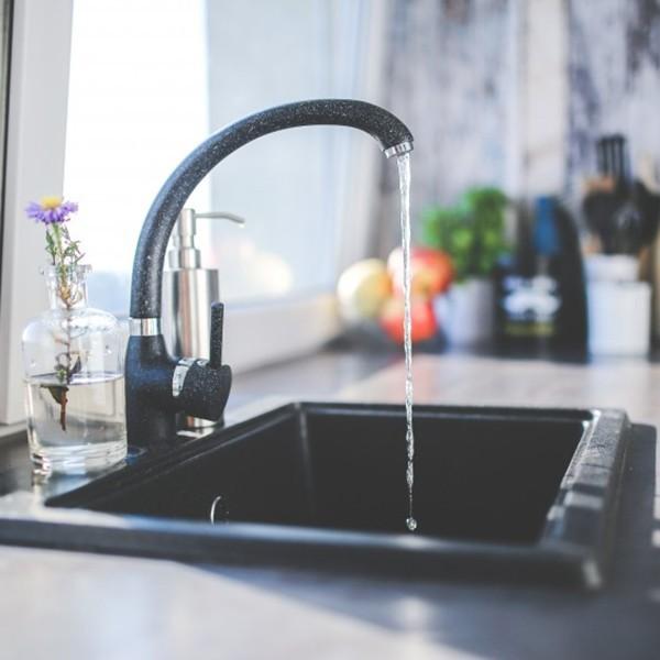 Gyerekjáték a konyha kitakarítása ezzel a néhány egyszerű trükkel!