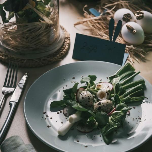 húsvét asztal dekor