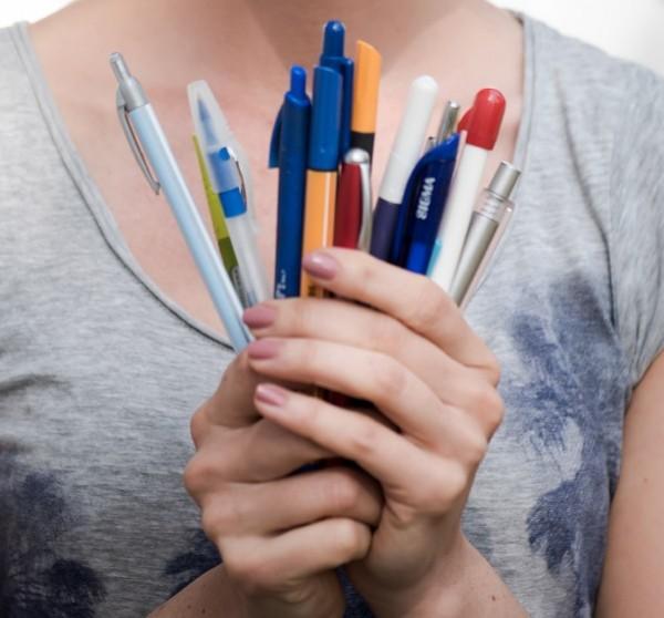 íróeszköz toll hámori zsófia