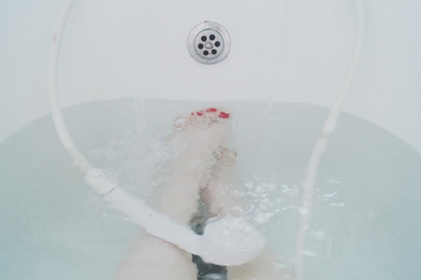 A testet és a lelket feltöltő forró fürdős masszázs, Forró kád segít elégetni a zsírt