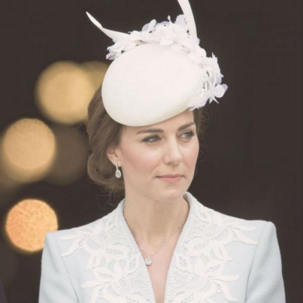 Katalin hercegné ruha divat trend királyi család