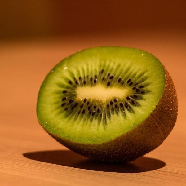 kiwi gyümölcs étel