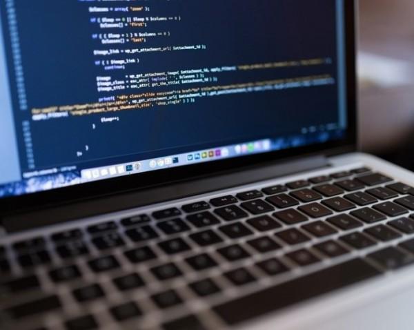 laptop adat hacker