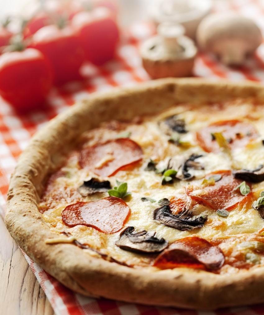 lusta-pizza-tokeletes-tesztaval-kiadosan