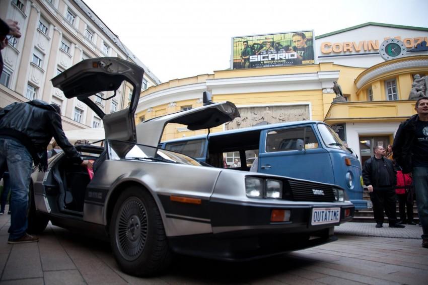 Íme a filmből jól ismert DeLorean időgép.