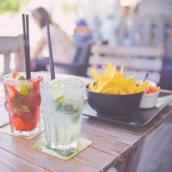 nachos-udito-alkohol-koktel