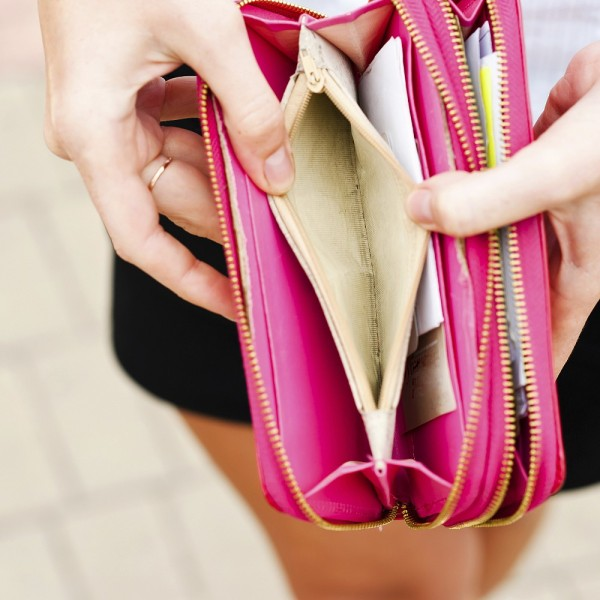 Segítség, elveszett a pénztárcám! - Ne pánikoljatok, cselekedjetek!